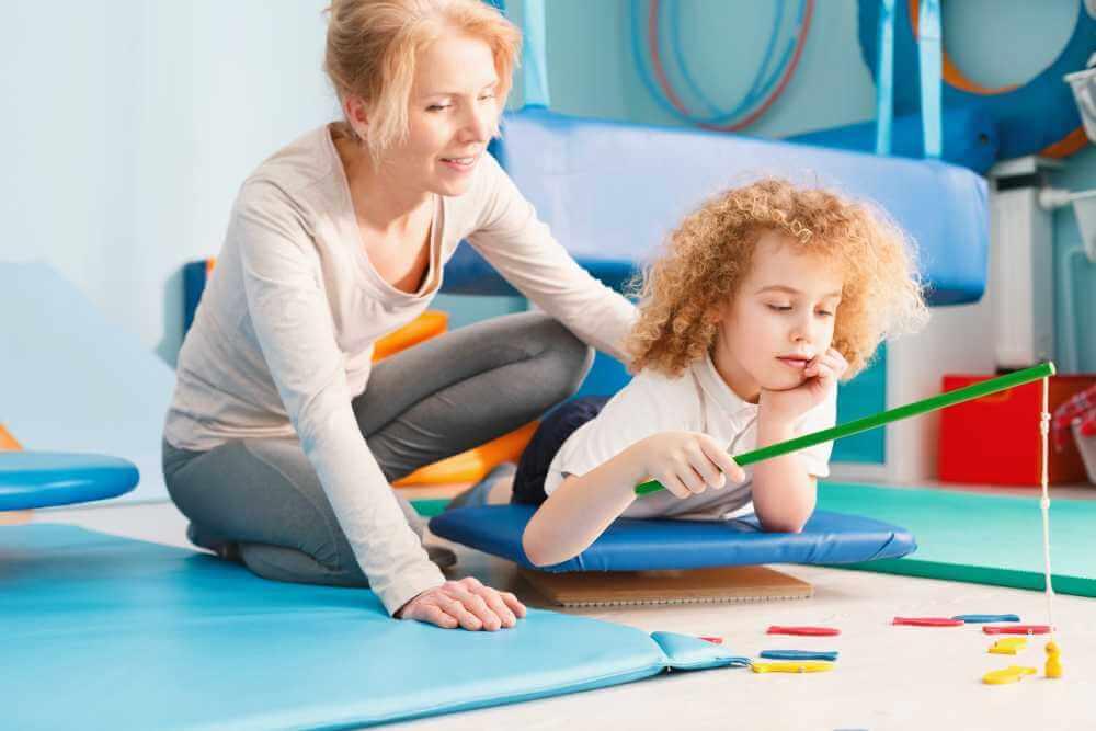 kid-having-sensory-integration-session-PJY222A